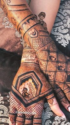 Peacock Mehndi Designs, Modern Henna Designs, Mehndi Designs Feet, Latest Bridal Mehndi Designs, Full Hand Mehndi Designs, Stylish Mehndi Designs, Mehndi Design Pictures, Mehndi Designs For Girls, Wedding Mehndi Designs