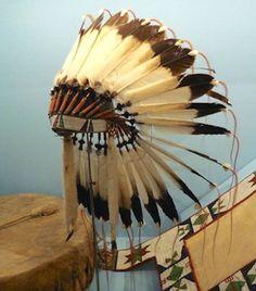 S Cheyenne bonnet, Santa Fe Trail Mus Kansas  ac