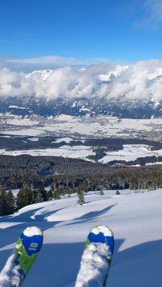 powder skiing in the ski region #Glungezer near #Innsbruck in #Austria