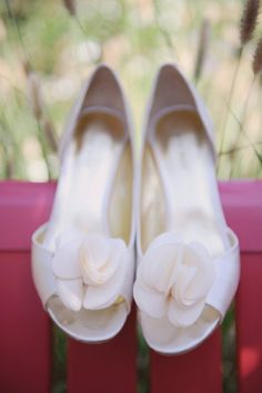 Cute shoes...though normally I don't like the open-toed kind these are quite lovely! ;)