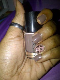 Hello Dazzling...: Muddy Miss Leopard