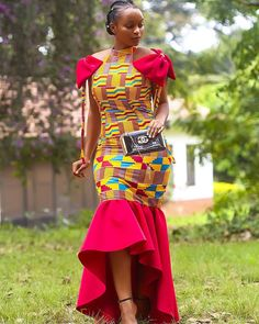 African women'dress/ African women fashion/ African women dress /dashiki dress/ kente dress/ kente i African Dresses For Women, African Attire, African Wear, African Fashion Dresses, African Women, African Outfits, Ankara Fashion, African Clothes, Nigerian Fashion