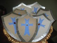 """""""Mas tú, Jehová, eres escudo alrededor de mí; Mi gloria, y el que levanta mi cabeza."""" Salmos 3:3 RVR1960"""