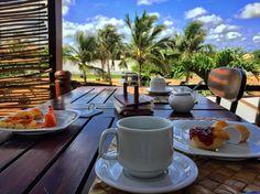 Bom dia! Café da manhã reforçado porque já já vamos fazer o passeio de quadriciclo pelo litoral de Jericoacoara. Vamos postar fotos de lugares paradisíacos ao longo do dia. Vem com a gente! É só acompanhar por aqui e pelo nosso ig @porondeandamosblog. Bora ? #porondeandamosblog #rbbviagem by rbbviagem