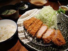 Katsukura - 10 Sensational Stops for Japanese Food in Shinjuku, Tokyo Eat Tokyo, Tokyo Food, Tokyo Japan Travel, Tokyo Trip, Visit Tokyo, Japanese Snacks, Japanese Dishes, Japanese Food, The Bo
