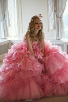 This is a very cute gown. Obvious shoe dyeing required here. Comment is by Peter Greenaway from The Wedding Boutique.