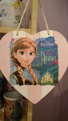 Mooi Frozen hart van Anna bezoek de facebookpagina : https://www.facebook.com/groups/898302400220798/ Tot snel!