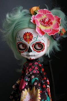 This is wishful thinking, but I literally gasped when I saw this Blythe doll! I NEED IT!