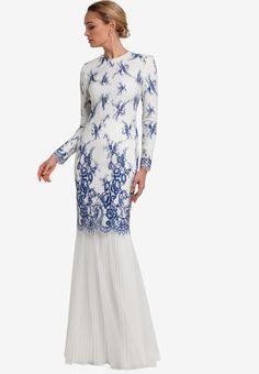 Oujda Baju Kurung from Rizalman for Zalora in white and blue_1