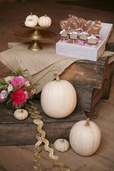 fall wedding, white pumpkins