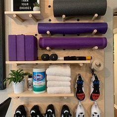 Diy Home Gym, Gym Room At Home, Home Gym Decor, Wooden Pegboard, Wooden Wall Shelves, Large Pegboard, Basement Gym, Basement Remodeling, Garage Gym