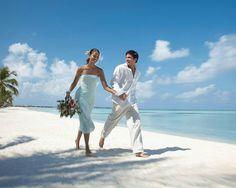 フォーシーズンズリゾート モルディブ at Four Seasons Resort Maldives Best Honeymoon Destinations, Amazing Destinations, Seaside Motel, Maldives Wedding, Posters Australia, Coast Hotels, Vietnam Tours, Shore Excursions, Luxury Holidays
