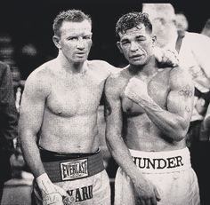 _ When Micky Ward and Arturo Gatti met in Connecticut in the ninth round of their fight contained more drama, heart and action than some boxers produce in their whole careers ———— ⏳ ———————— Mma Boxing, Boxing Workout, Boxing Fight, Boxing Posters, Boxing Quotes, Boxe Mma, Boxing Images, Professional Boxing, Boxing History