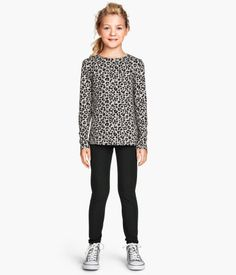 Girl's clothing: H&M thick jersey leggings.