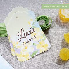 Decorazones.es _Se diseñaron recordatorios, marca páginas, etiquetas y una lámina para Lucía. #primeracomunion #comuniones #regalosinvitados