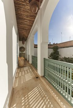 Deals on Ryad Dyor in Marrakech - Promotional Room Prices Riads In Marrakech, Marrakesh, Outdoor Sauna, Outdoor Decor, Morocco Hotel, Small Boutique Hotels, Plunge Pool, Ways To Relax, Moroccan Style