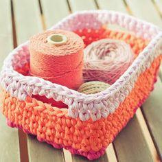 18 ideas for crochet bag zpagetti ideas Quick Crochet Patterns, Crochet Basket Pattern, Easy Crochet Projects, Crochet Motifs, Love Crochet, Crochet Crafts, Knit Crochet, Crochet Baskets, Crochet Purses
