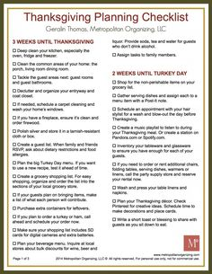 Want to avoid holiday stress? Here is everything you need to do to prepare for the perfect #Thanksgiving — including a free printable #ToDoList for Thanksgiving #checklist
