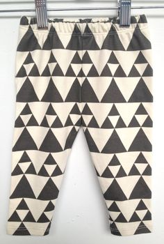 littlefour organic cotton triangle geo print baby leggings handmade in San  Francisco NB 3m 6m 12m a900143500