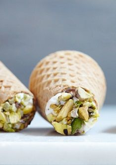 "ICE CREAM CONE ""CANNOLI"" [purewow]"