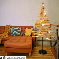What an unusual Tree. used the NOT lamp base and threaded plywood pieces through it to make this one of a kind tree. Ikea Ivar Shelves, Ikea Kallax Unit, Ikea Stuva, Ikea Expedit, Painting Kitchen Cabinets, Kitchen Paint, Ikea Raskog Cart, Dj Table, Plywood Design