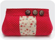 Keyka Lou Inset Zip Pouch - bonus pattern pieces for version with darts ~ soo cute!