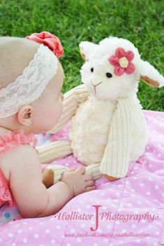 Ideas Baby Photography 6 Months Girl For 2019 6 Month Baby Picture Ideas, Baby Girl Pictures, Easter Pictures, Newborn Pictures, 6 Month Photography, Baby Girl Photography, Children Photography, Baby Poses, Baby Portraits