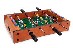 Een vermakelijke bezigheid en speelse oefening voor de motoriek en oog-hand-coördinatie is deze kleine voetbaltafel! Met elk 6 spelers maken geweldige partijen op tafel de spelers enthousiast! Heel geschikt ook voor reizen, de kleine pauzes op kantoor, snelle wedstrijden tussendoor of party-toernooien! Incl. 2 ballen.