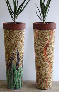 Obbligato Plant Pots - mosaic Mosaic Planters, Mosaic Vase, Mosaic Flower Pots, Mosaic Tiles, Mosaics, Mosaic Crafts, Mosaic Projects, Garden Wall Art, Mosaic Madness