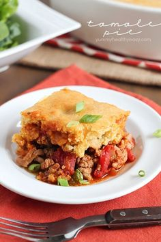Tamale Pie – flavorful turkey and spices topped with a layer of cornbread. Try this absolutely delicious dinner recipe! Tamales, Mexican Dinner Recipes, Mexican Dishes, Quesadillas, Enchiladas, Burritos, Healthy Weekly Meal Plan, Great Recipes, Favorite Recipes