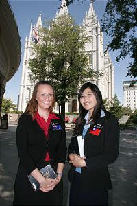 Sister Missionary at Temple Square in Salt Lake ~ if i got to choose my own mission... this would be in my top 5