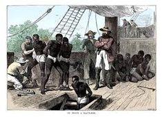 Dit zijn slaven die op zo'n slaven schip zaten. De slaven werden als zij niet meewerkten geslagen met een zweep en dat is heel pijnlijk denk ik. Eigenlijk hadden slaven een moeilijk leven want als ze iets fout deden werden ze naar een boot gestuurd en werden ze gekocht door die mensen aan boord. Nu denk je zeker daar zijn dan toch ook zwarte matrozen daar heb je het helemaal mis het waren alleen blanken en de slaven waren alleen zwarte. gelukkig is dit verhaal niet echt gebeurt. Mount Rushmore, Mountains, Nature, Travel, Naturaleza, Viajes, Destinations, Traveling, Trips