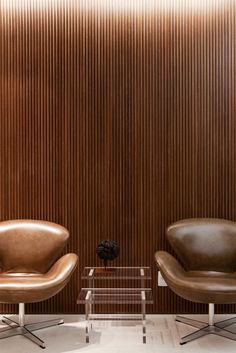 Arne Jacobsen Swan lounge chairs, 1958. Originally designed for the SAS Royal Hotel in Copenhagen. Manufactured by Fritz Hansen, Denmark. Ph...