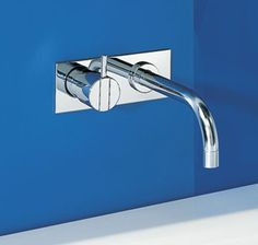 Vola 112 Wall Mounted Basin Mixer With Backplate
