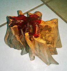 """adorno para mesa de centro o escritorio, madera de """"palo de brasil""""."""