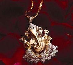 Diamond and gold Lord Ganesha Pendant. Jewelry Design Earrings, Gold Earrings Designs, Gold Jewellery Design, Designer Jewellery, Silver Jewellery, Pendant Jewelry, Silver Rings, India Jewelry, Temple Jewellery