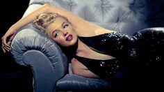 Did You Know That By Todays Standards Marilyn Monroe Would Be Considered Too Overweight To Be A Model? Gross! styleadvantage.ne... #beauty #marilynmonroe #plussize #overweight #voluptuous #models #fashion #beautiful #busty #sexy #sexsymbol