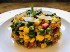 Quinoa cu legume Quinoa, Vegetables, Recipes, Food, Recipies, Essen, Vegetable Recipes, Meals, Ripped Recipes
