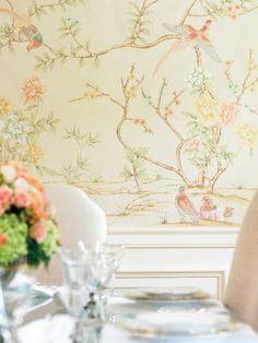 爱 Chinoiserie? Mais Qui! 爱 home decor in Chinese Chippendale style - pastel peaches