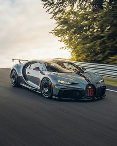 Bugatti Chiron, Cars And Coffee, Exotic Cars, Cars And Motorcycles, Bmw, Vehicles, Sports, Hs Sports, Sport