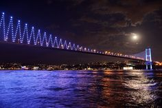Bosphorus Bridge by Night Bosphorus Bridge, The Neverending Story, Night Photos, Istanbul Turkey, Photo Effects, Metropolitan Museum, Summer Nights, Night Skies, Lisbon