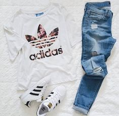 Image about fashion in Clothes 👗👛 by Ana on We Heart It. adidas Originals  ... e649e48d84a