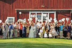 @Tara Jincks this would be a cute idea for a family photo in front of the barn. :)