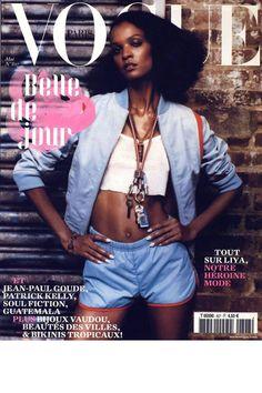 Vogue Paris mai 2002