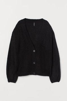 V-neck cardigan in a soft rib knit with hole-knit sections. Buttons down the front, dropped shoulders, long sleeves and a ribbed hem. Cardigan Noir, Cardigan En Maille, Black Cardigan, Knit Cardigan, Hipster Outfits Winter, Winter Hipster, Stylish Outfits, Cool Outfits, Pop Punk Fashion