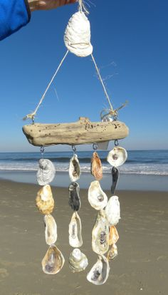 Sea Shell Wind Chime, Oyster Wind Chime, Sea Shell Art, Sea Shell Decor, Sea She. Seashell Wind Chimes, Diy Wind Chimes, Seashell Art, Seashell Crafts, Beach Crafts, Kids Crafts, Seashell Projects, Driftwood Projects, Driftwood Art
