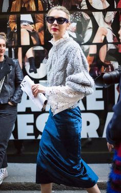 Avenue 32 founder Roberta Benteler navigated day one in a Rejina Pyo skirt,Macgraw lace shirt and knit
