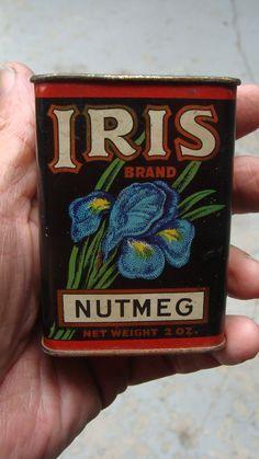 Vintage Iris Litho on Tin Nutmeg 2 oz Spice Tin Spice Set, Spice Tins, Old Spice, Vintage Tins, Retro Vintage, Vintage Kitchen, William Morris, Tin Can Alley, Spice Containers