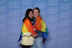 ❤❤ The more I see photos and stories of people meeting Brie at ACE Comic Con, the more I'm convinced that we should really focus on the good things and really ignore the hate because responding to. Marvel Actors, Marvel Memes, Marvel Characters, Marvel Avengers, Ace Comics, Lgbtq Flags, Captain Marvel Carol Danvers, Avengers Cast, Lgbt Love
