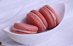 Erdbeer Macarons